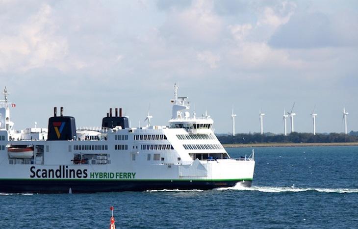Два от най-големите фериботи в света вече работят със зелена енергия.