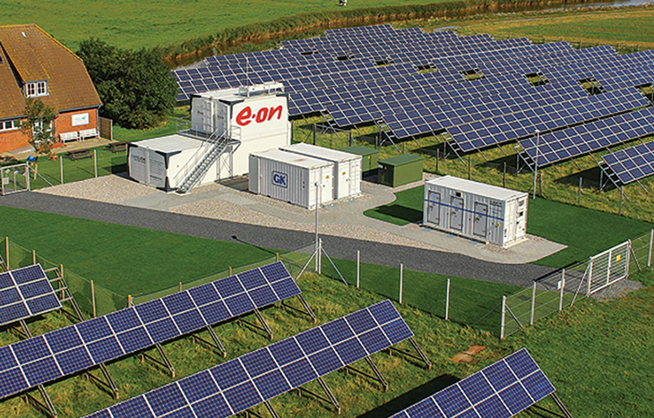 E.ON to supply all customers with 100% renewable power.